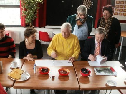 https://www.wijkraadnab.nl/cms/media/Fotoalbums/wijkcontract_2012/Herschaalde_kopie_van_P3090006.jpg